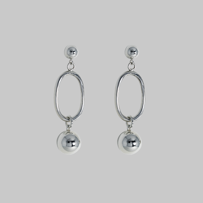 ball earring