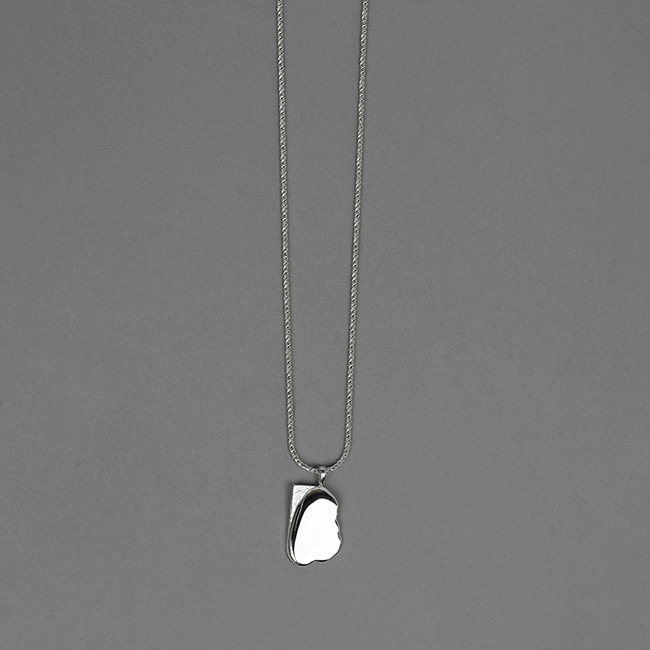 mirror sketch necklace