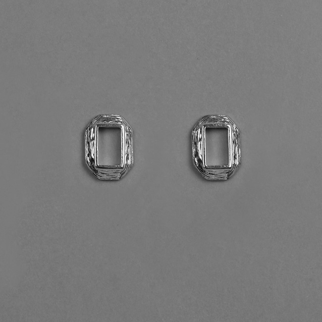 frame earring mini
